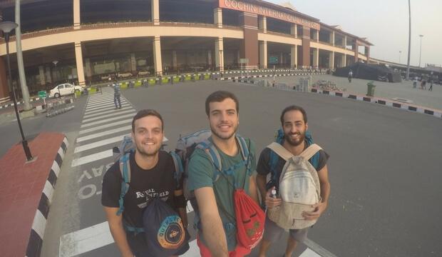 Aeropuerto de Kochi. Fin del viaje a la India de 15 dias